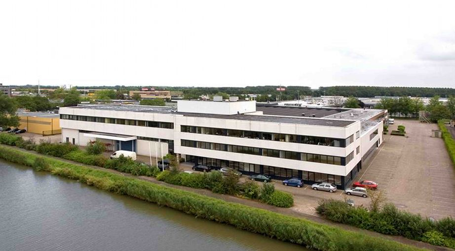 Henley 360 Utrecht light industrial and office acquisition