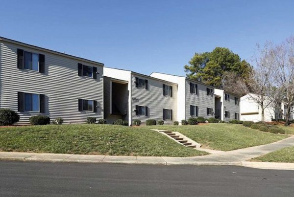 An image of the Arbor Crest Multi-family development owned by Henley Investments as part of the Multi-family PRS & BtR division